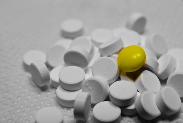Таблетки и витаминка