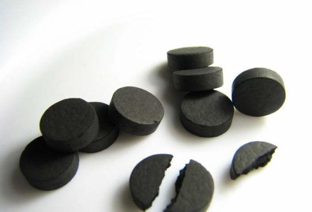 Активированный уголь для чистки кишечника