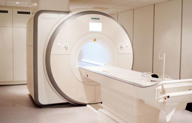 Одним из отличий МРТ от колоноскопии является ее высокая стоимость
