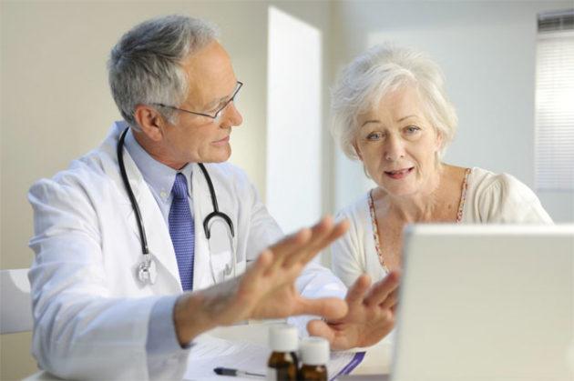 После операции язвы желудка возможно развитие осложнений, о чем должен предупредить доктор