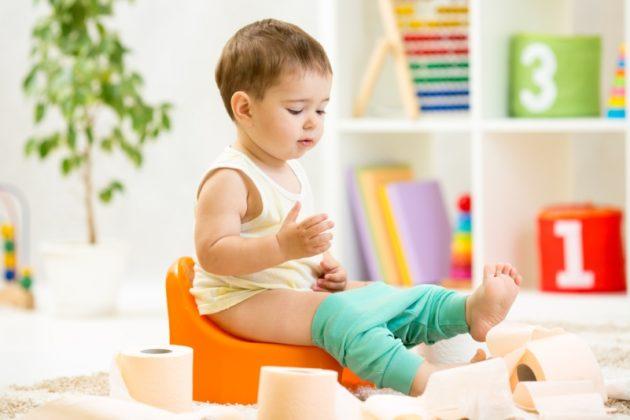 Насильственное приучение к горшку может стать причиной психологического запора у ребенка