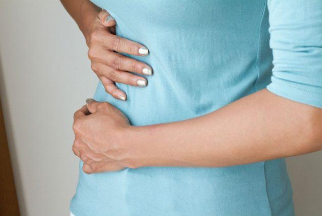 После удаления желчного пузыря может наблюдаться боль в правом боку