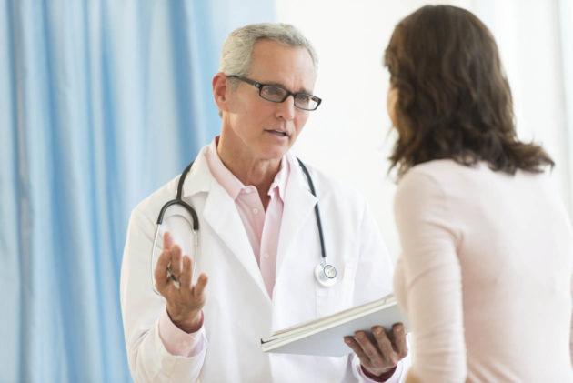 Страдающий болезнью Крона пациент нуждается в серьезном лечении